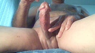 Intense Masturbation On Webcam Wonderful ..!!!