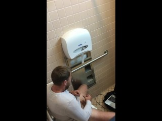Spy straight guy jerking and cumming in restroom